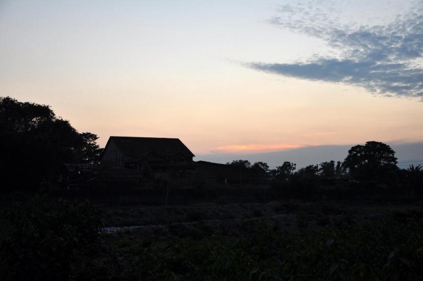 দিনের পড়ন্ত আলোয় নিশ্চিন্তিপুর